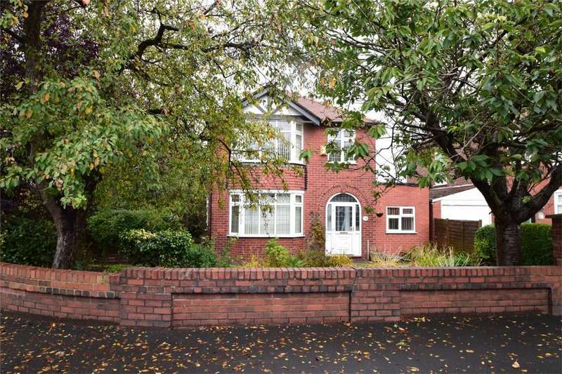 3 Bedrooms Detached House for sale in Offerton Lane, Stockport, Cheshire