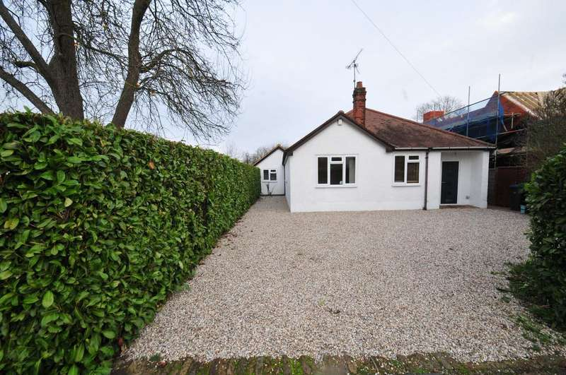 4 Bedrooms Detached Bungalow for sale in priory avenue, old harlow CM17
