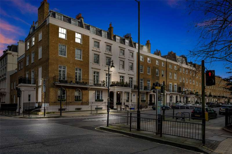 2 Bedrooms Apartment Flat for sale in Eaton Square, Belgravia, London, SW1W