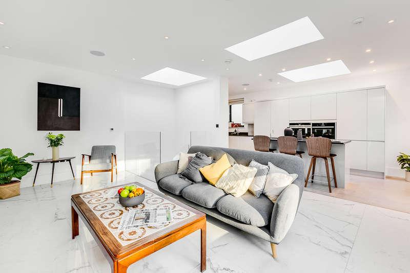 3 Bedrooms Terraced House for sale in Downham Road, N1 5AS
