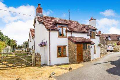 4 Bedrooms Detached House for sale in Whitfield, Wotton-Under-Edge, Gloucestershire