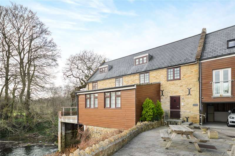 2 Bedrooms Apartment Flat for sale in Chudleigh Mill, Sherborne Road, Yeovil, Somerset, BA21
