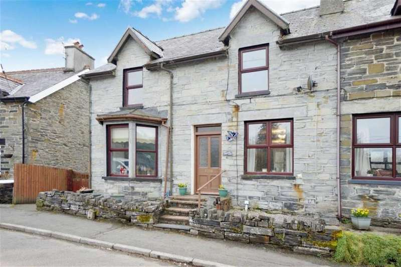 4 Bedrooms Semi Detached House for sale in Bridge Street, Dolwyddelan, Conwy