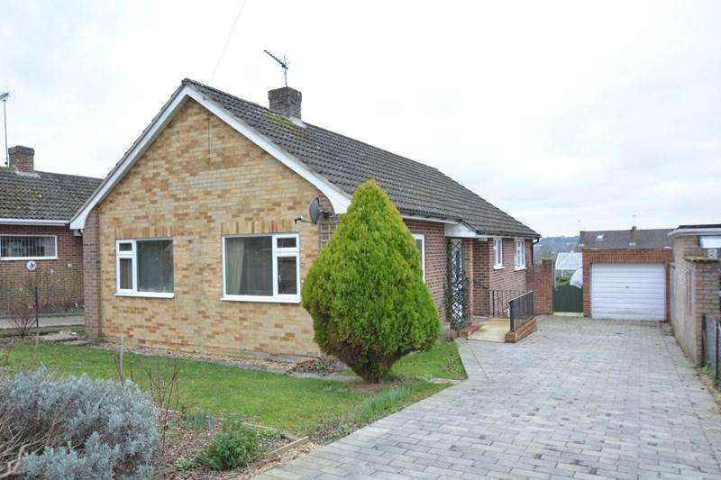 3 Bedrooms Detached Bungalow for sale in Conholt Road, Andover