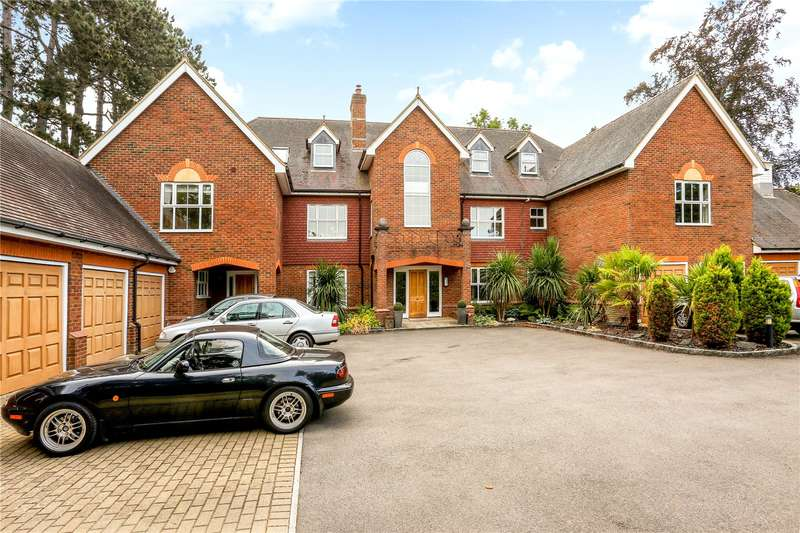 2 Bedrooms Flat for sale in Clareways, Lady Margaret Road, Sunningdale, Berkshire, SL5