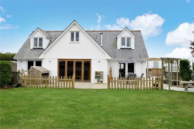 4 Bedrooms Detached House for sale in Lamanva, PENRYN, Cornwall