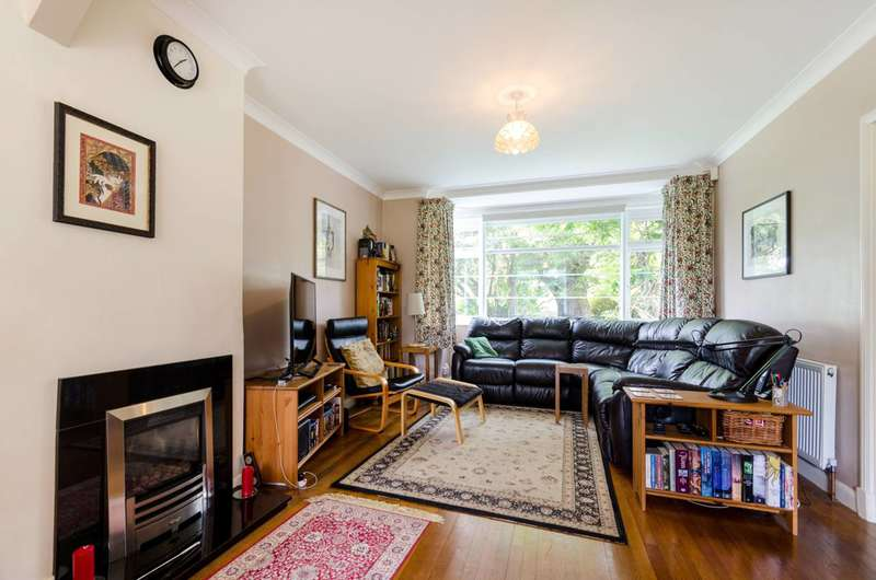 4 Bedrooms Semi Detached House for sale in The Roystons, Surbiton, KT5
