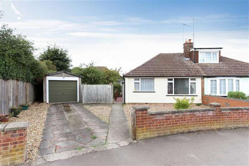 2 Bedrooms Semi Detached Bungalow for sale in Capshill Avenue, Leighton Buzzard