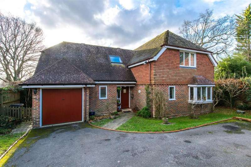 3 Bedrooms Detached House for sale in The Street, Framfield, Uckfield