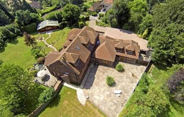 6 Bedrooms Detached House for sale in Upper Nash House, Nutbourne Lane, Nutbourne, Pulborough