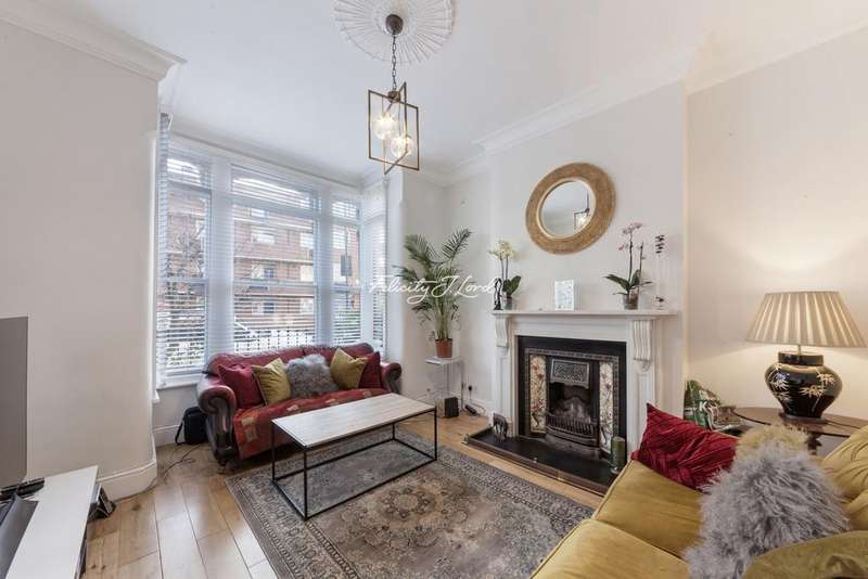 4 Bedrooms Terraced House for sale in Carysfort Road, Stoke Newington, N16