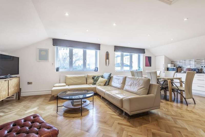 2 Bedrooms Flat for sale in Benton's Lane, West Norwood