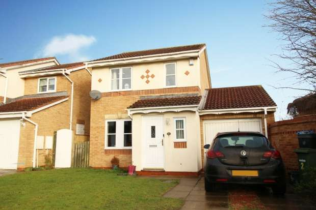 3 Bedrooms Detached House for sale in Bronte Drive, Catterick Garrison, Durham, DL9 4XL