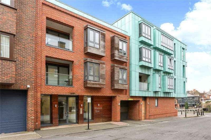 2 Bedrooms Flat for sale in Windsor Quay, Farm Yard, Windsor, Berkshire, SL4