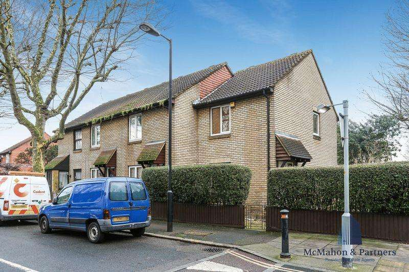 2 Bedrooms House for sale in St James's Road, London