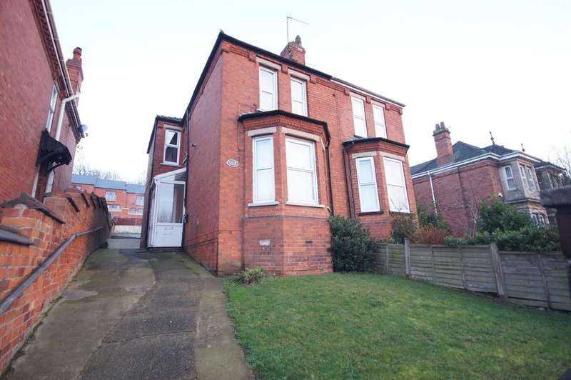 4 Bedrooms Semi Detached House for sale in Yarborough Road, Lincoln