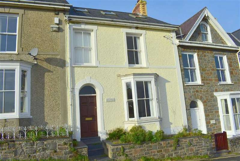 4 Bedrooms Terraced House for sale in Glanmor Terrace, New Quay, Ceredigion
