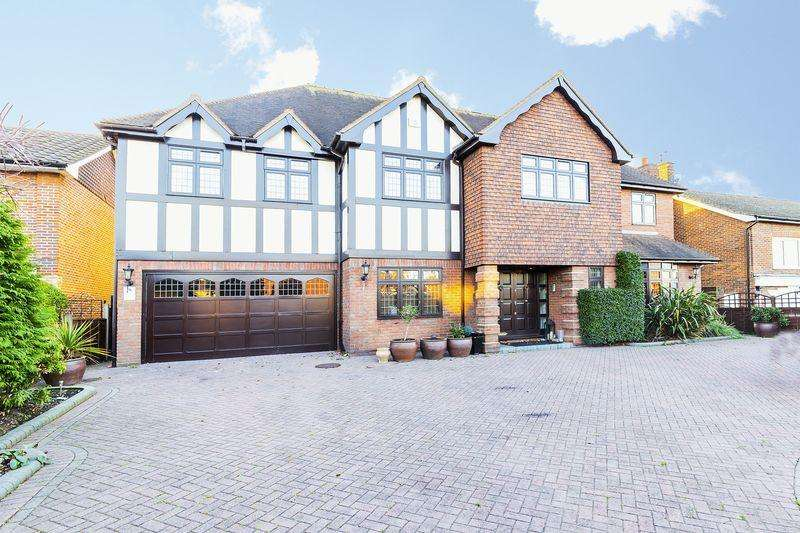 7 Bedrooms Detached House for rent in Hainault Road, Chigwell
