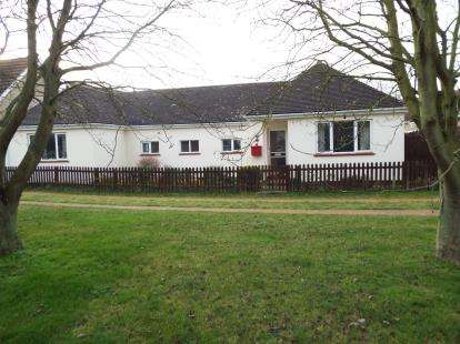 3 Bedrooms Bungalow for sale in Mepal, Ely, Cambridgeshire