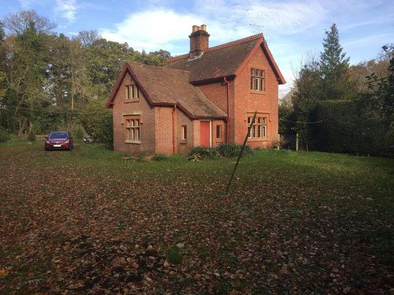 3 Bedrooms Detached House for sale in Rackheath, Norwich, Norfolk