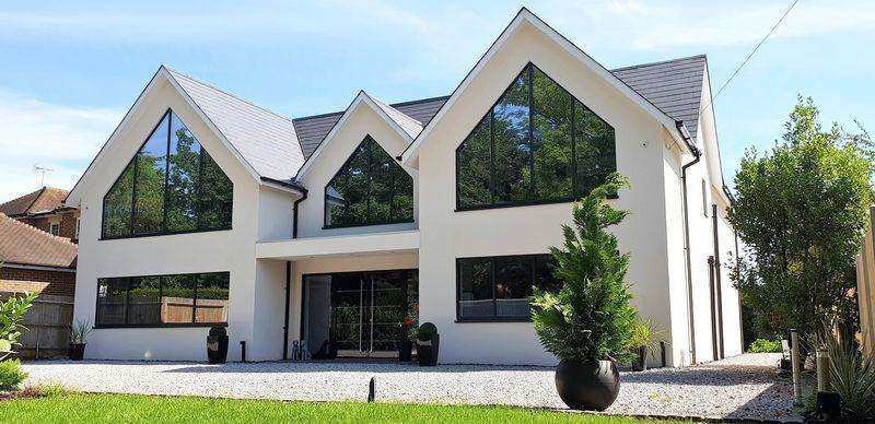 5 Bedrooms House for sale in Blackpond Lane, Farnham Royal
