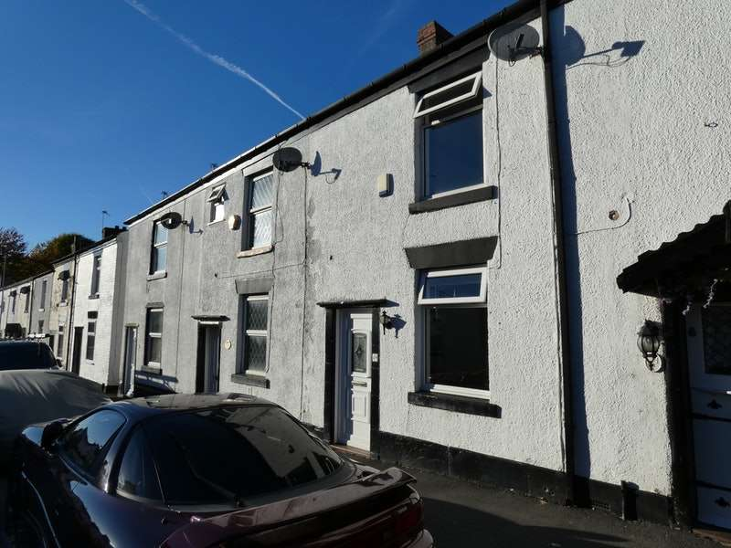 2 Bedrooms Terraced House for sale in High Street, Hyde, Greater Manchester, SK14