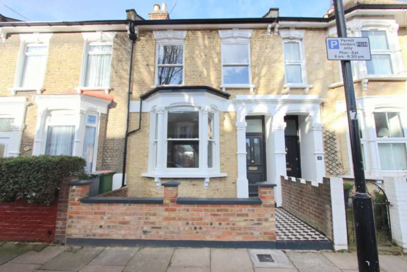 5 Bedrooms Terraced House for sale in Horace Road, Forest Gate, London E7