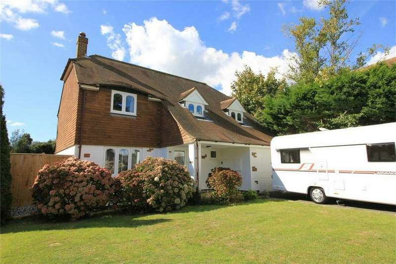 4 Bedrooms Detached House for sale in Leybourne Gardens, ST LEONARDS-ON-SEA, East Sussex