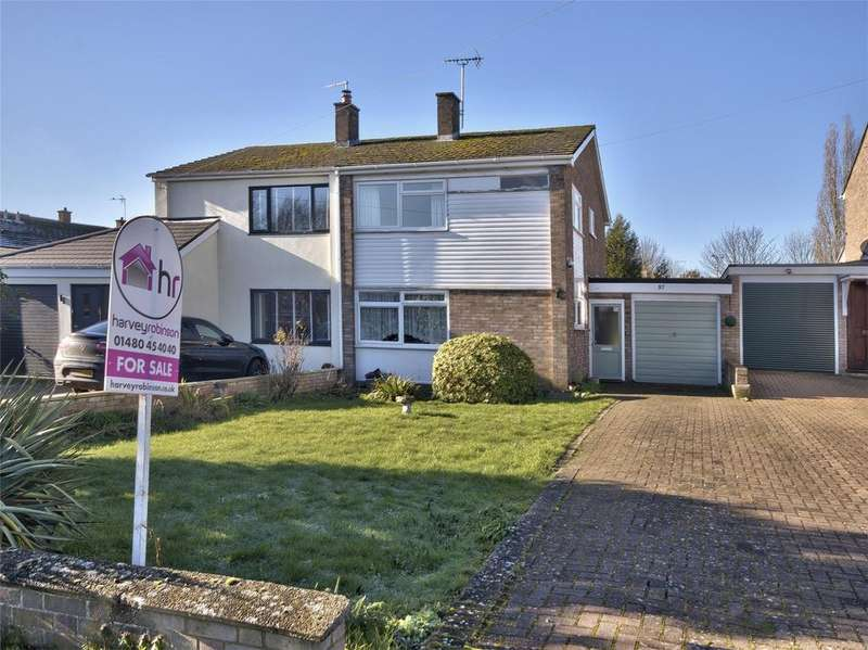 3 Bedrooms Semi Detached House for sale in High Street, Buckden, St Neots, Cambridgeshire