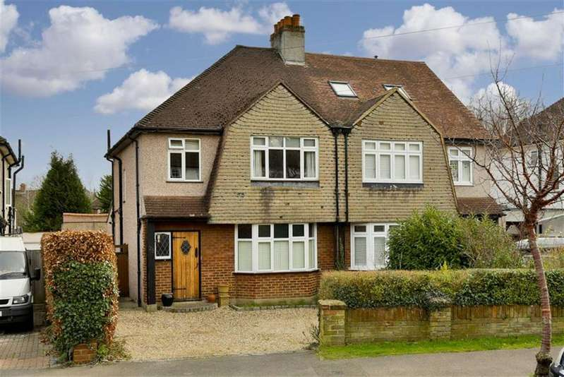 3 Bedrooms Semi Detached House for sale in Lower Hill Road, Epsom, Surrey
