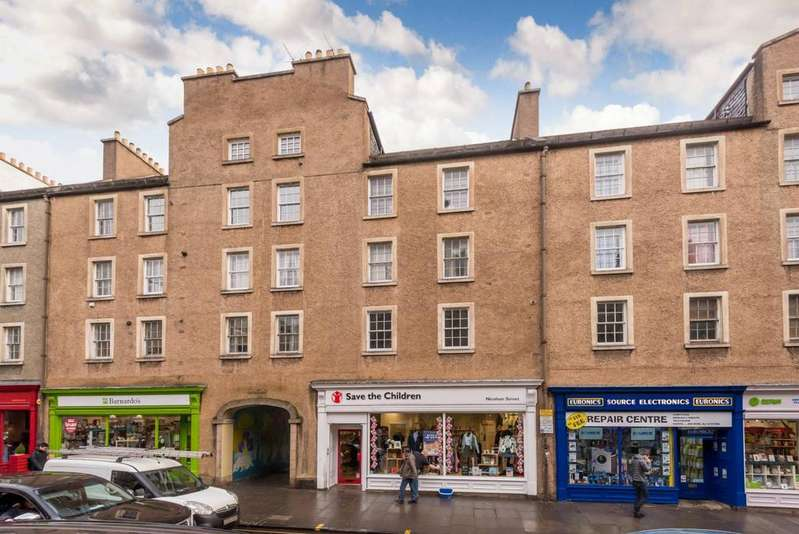 2 Bedrooms Flat for sale in 110/1 Nicolson Street, Newington, EH8 9EJ