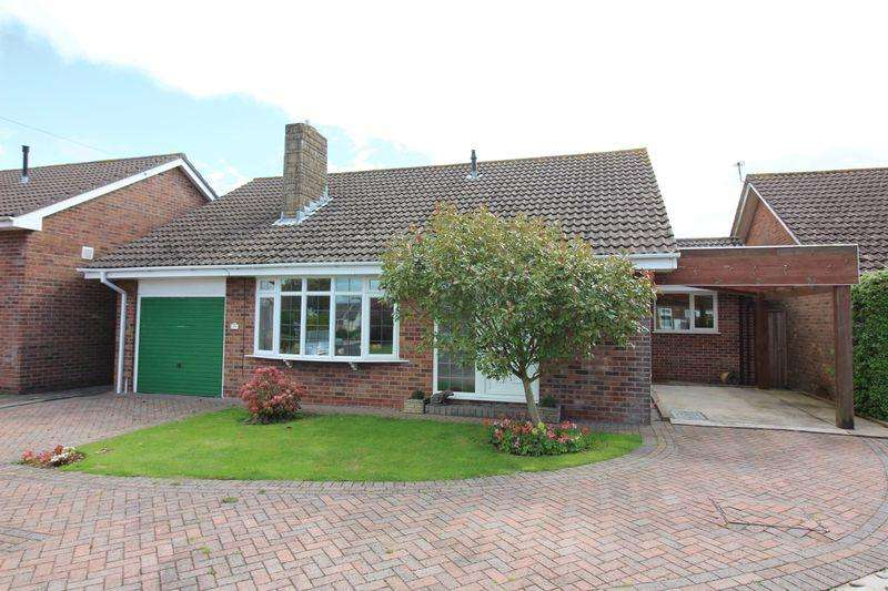 3 Bedrooms Bungalow for sale in Highfield Drive, Portishead