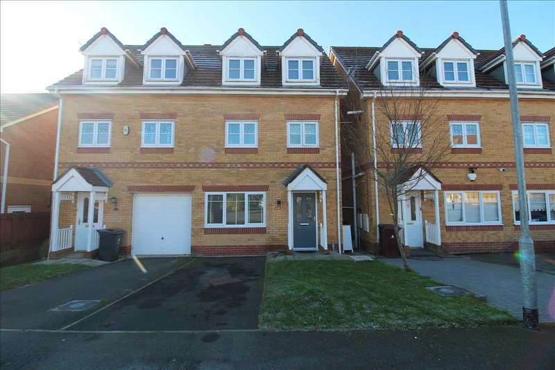 4 Bedrooms Semi Detached House for sale in Kendal Road, Kirkby