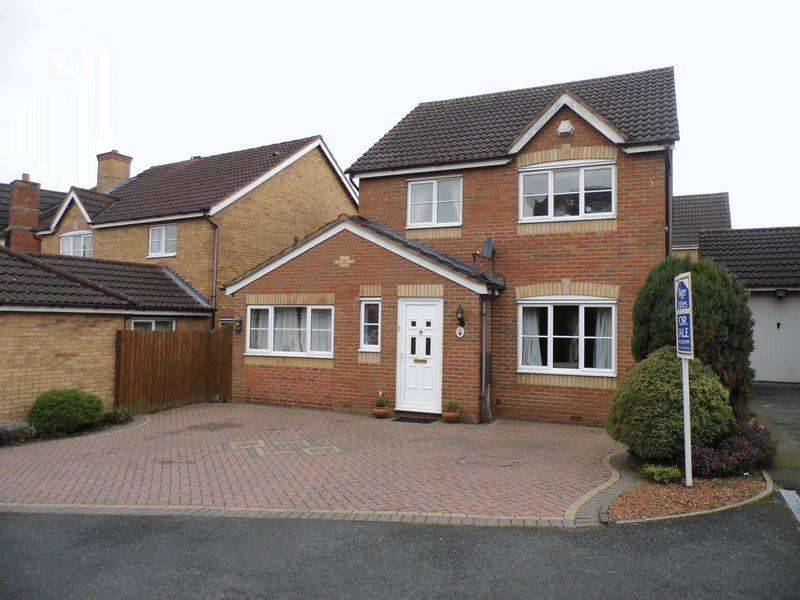 3 Bedrooms Detached House for sale in Ennerdale Close, Clayhanger, Walsall.