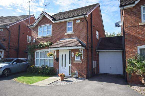 3 Bedrooms Detached House for sale in Spring Gardens, Wrexham