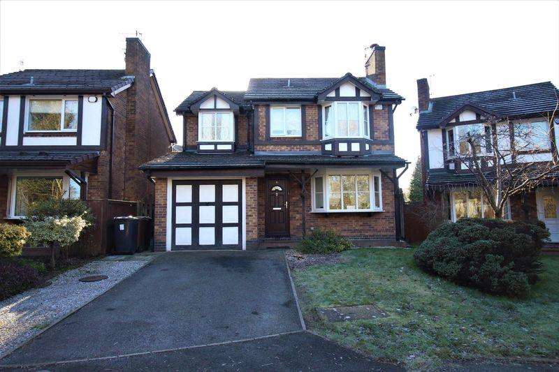 4 Bedrooms Detached House for sale in Hurstbrook Close, Glossop