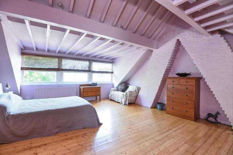 5 Bedrooms Semi Detached House for sale in New Church Road, Hove, East Sussex, BN3