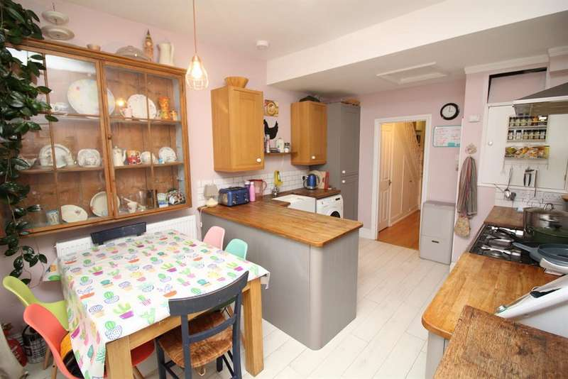 4 Bedrooms Terraced House for sale in Lodore Road, Fishponds, Bristol, BS16 2DH