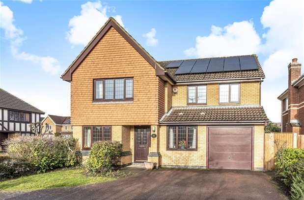 4 Bedrooms Detached House for sale in Bindon Abbey, Bedford