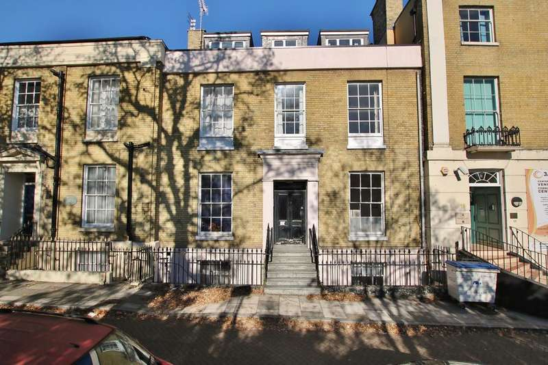 2 Bedrooms Flat for sale in 10 Cranbury Terrace, Southampton