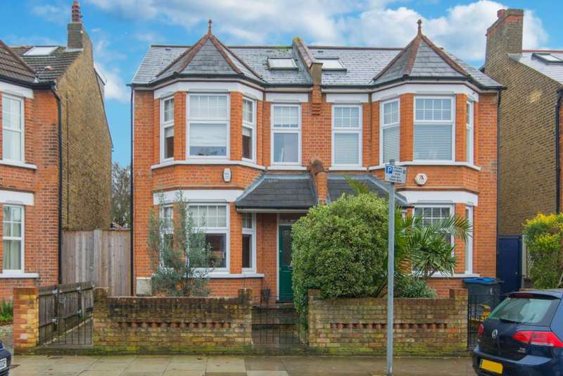4 Bedrooms Semi Detached House for sale in Gloucester Road, Kingston upon Thames KT1