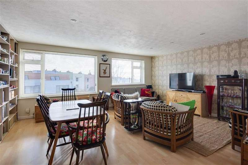 3 Bedrooms Terraced House for sale in St Andrews Road, Bristol