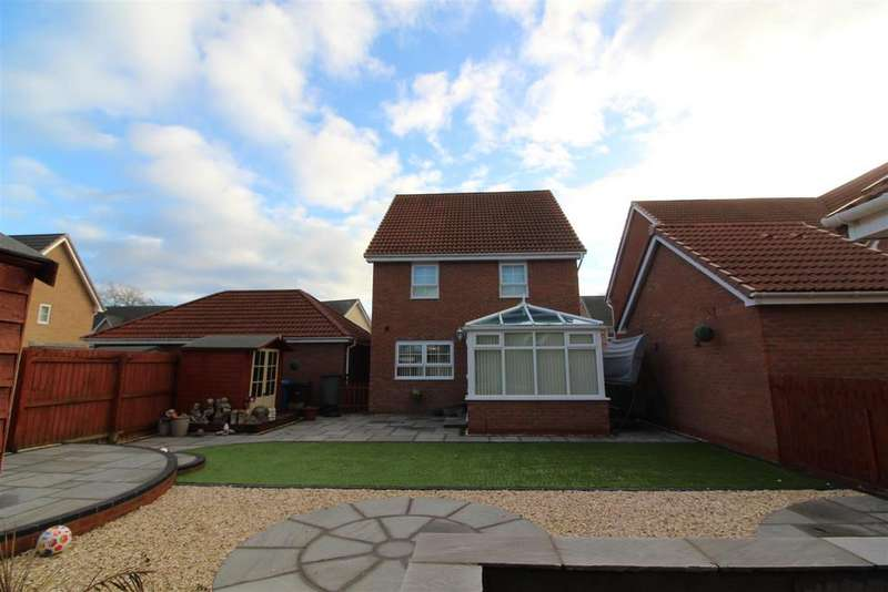 4 Bedrooms Detached House for sale in Boundary Way, Hull