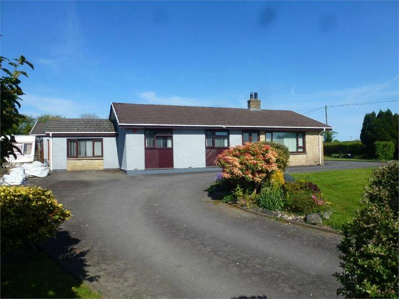 4 Bedrooms Detached Bungalow for sale in Tresi Aur, Glynarthen, Llandysul, Ceredigion