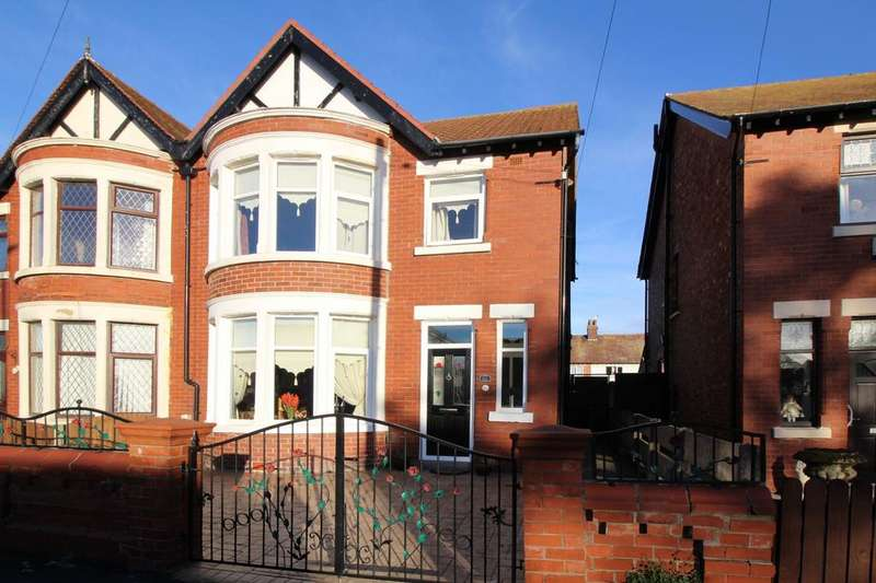 3 Bedrooms Semi Detached House for sale in Darbishire Road, Fleetwood, FY7