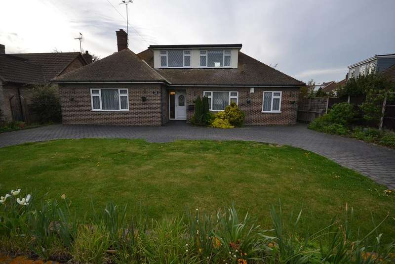 4 Bedrooms Chalet House for sale in Southend Road, Stanford-le-Hope, SS17