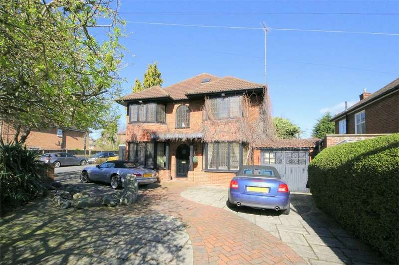 5 Bedrooms Detached House for sale in The Vale, London