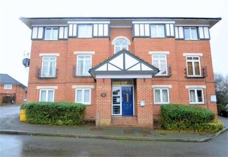1 Bedroom Detached House for sale in Frensham Court, 1 Alwyn Gardens, LONDON