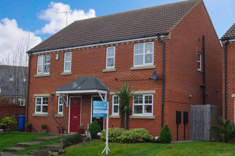 3 Bedrooms Semi Detached House for sale in Goswick Way, East Shore Village SR7