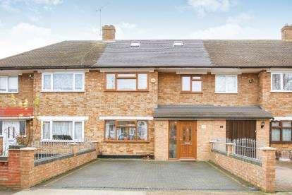 3 Bedrooms Terraced House for sale in Rainham, United Kingdom